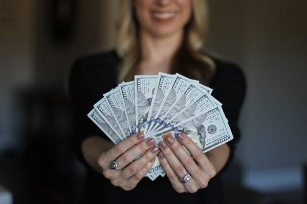 記事数とアフィリエイト収益の関係性